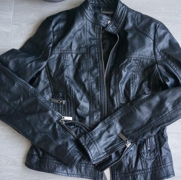 J-2 Jackets & Blazers - J-2 Textured Crop Faux-Leather Jacket
